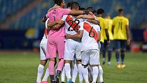 Na raça, Peru busca empate diante do Equador: 2 x 2!